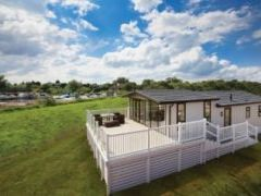 Exclusive Plus Dream Lodge - Lazy Otter Meadows - Cambridgeshire