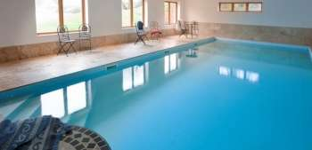 Lavender barn halse somerset west country england for Holiday homes in somerset with swimming pool